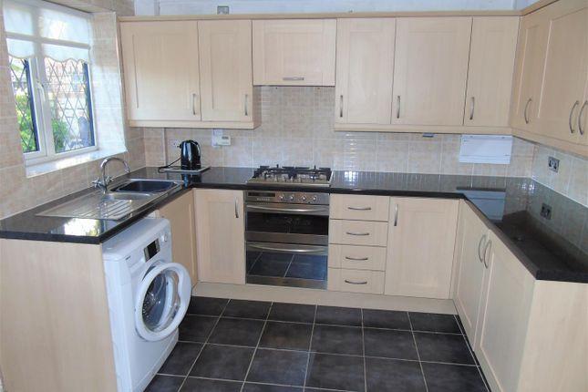 Kitchen1 of Village Nook, Greenside Avenue, Aintree Village L10