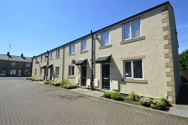 Thumbnail Flat to rent in Old School House, Guide, Blackburn