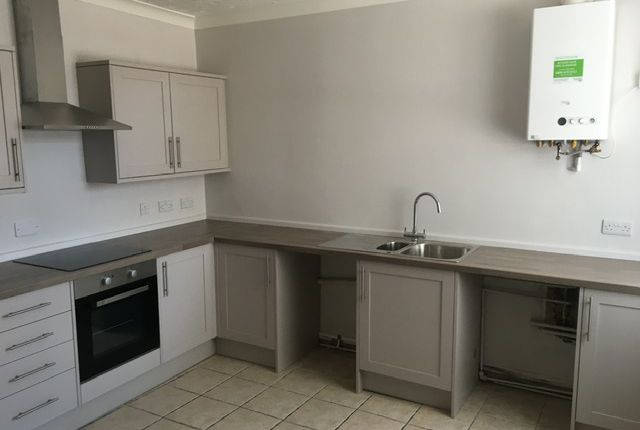 2 bed terraced house to rent in Alexandra Road, Wisbech PE13