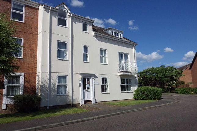 Thumbnail Flat to rent in Moorhen Court, Aylesbury, Buckinghamshire