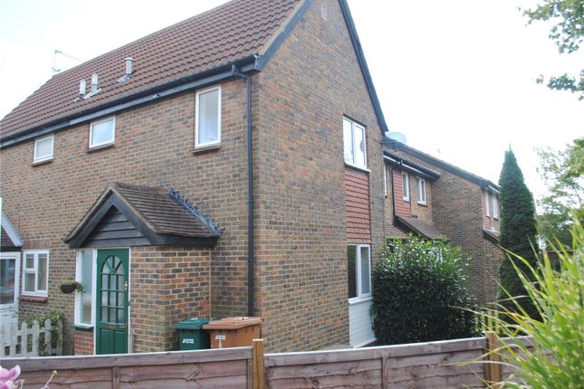 Thumbnail Terraced house to rent in Oak Green Way, Abbots Langley