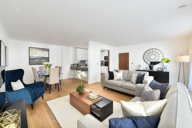 Thumbnail Flat for sale in Vista Apartments, Dickens Yard, Ealing
