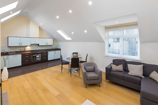 Thumbnail Property for sale in Woodford Green, London