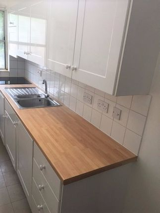 Thumbnail Flat to rent in 135 Long Road, Cambridge, Cambridgeshire