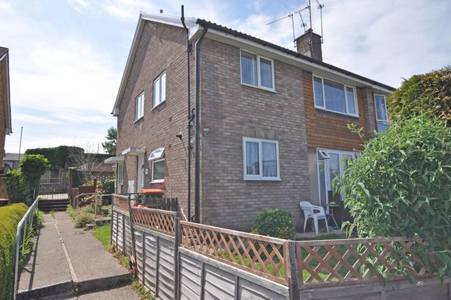 Thumbnail Flat for sale in Spacious Apartment, Larch Grove, Newport