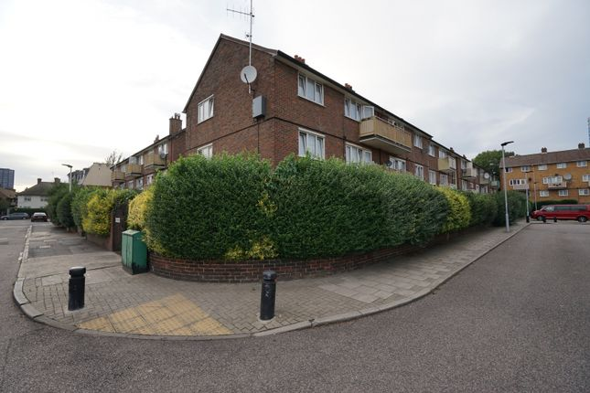 Thumbnail Flat to rent in Thorne Close, Canning Town