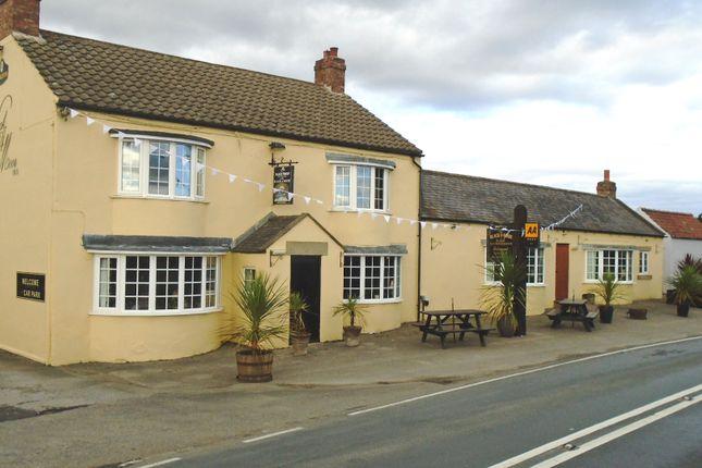 Thumbnail Pub/bar for sale in Boroughbridge Road, Ripon
