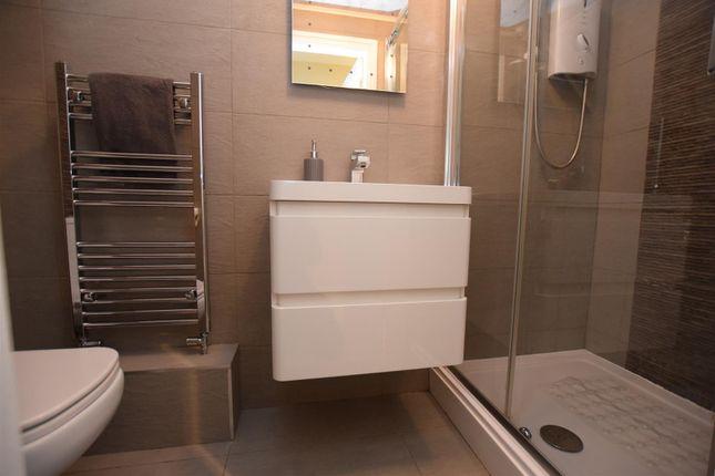 Ground Floor Contemporary Shower Room/WC