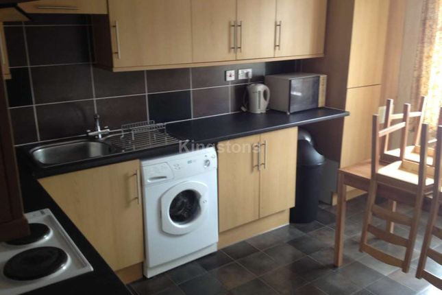 Thumbnail Maisonette to rent in Llanbleddian Gardens, Cardiff