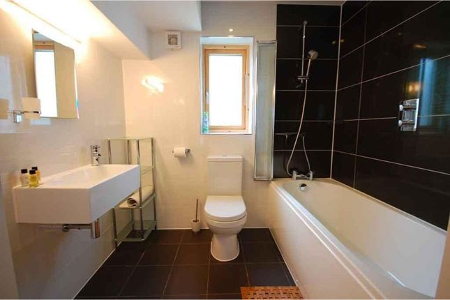 Family Bathroom of Talland Bay, Looe PL13