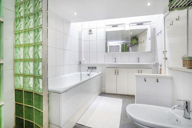 Bathroom of British Grove, Chiswick W4