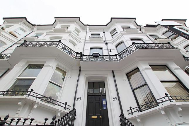 Thumbnail Flat to rent in St. Michaels Place, Brighton