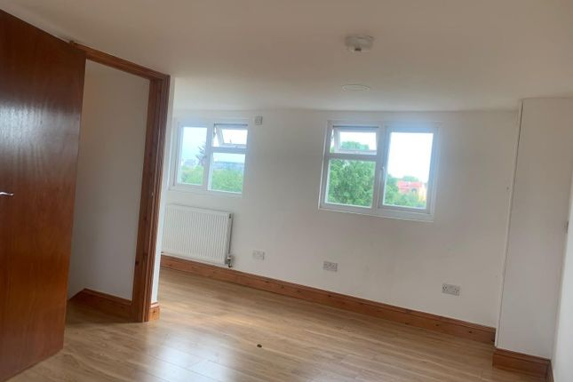 Thumbnail Detached house to rent in Lordship Lane, London