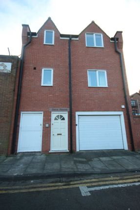Thumbnail Flat to rent in Chapel Street, Chester