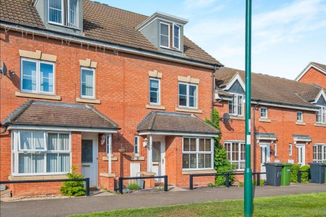 Thumbnail Terraced house to rent in Vale Drive, Hampton Vale, Peterborough