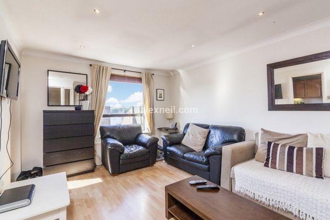 Thumbnail Flat to rent in Horseshoe Close, London