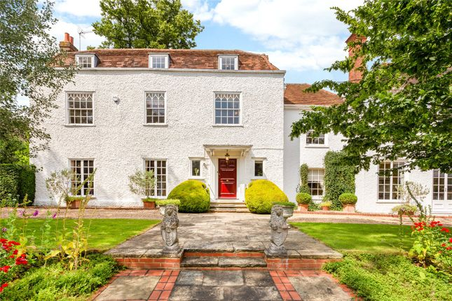 Thumbnail Detached house for sale in Altwood Road, Maidenhead, Berkshire