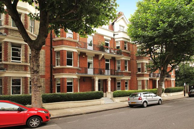 Thumbnail Flat to rent in Castellain Mansions, London