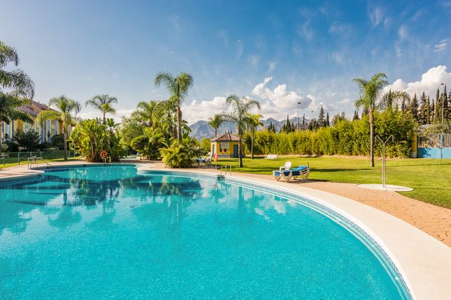 Apartment for sale in Bahia De Marbella, Marbella East, Malaga Marbella East