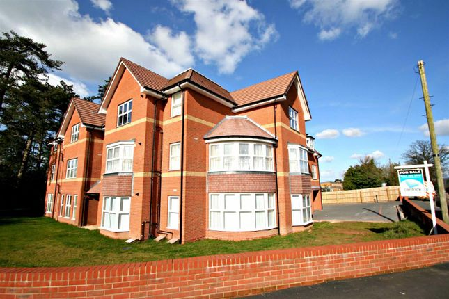 Thumbnail Flat for sale in The Hamptons, Hermitage Road, Solihull
