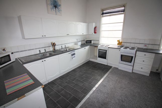 Thumbnail Shared accommodation to rent in Princes Road, Middlesbrough