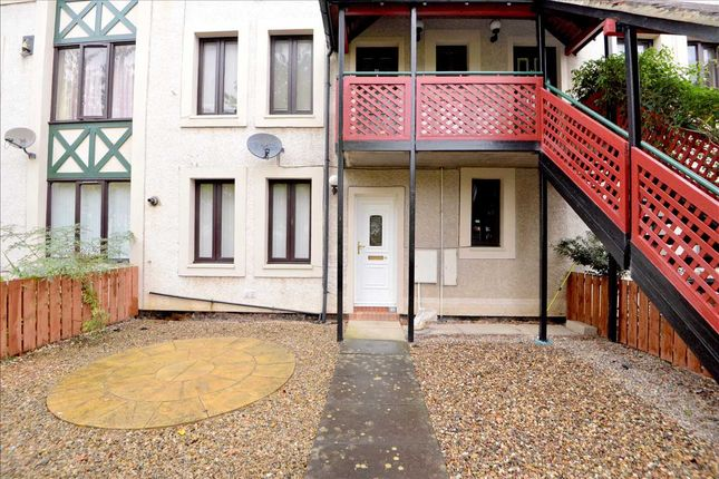 Main Picture of Kingsmere Gardens, Walker, Newcastle Upon Tyne NE6