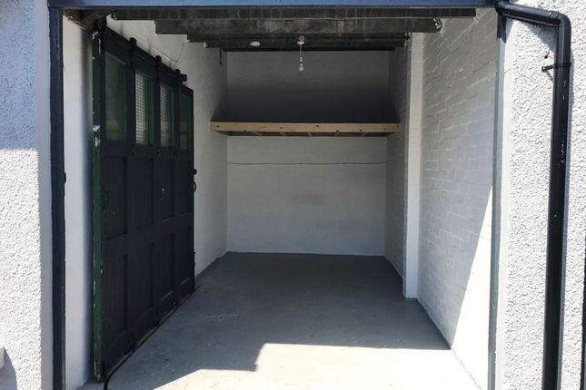 Photo 1 of Garage 7, Palatine Garages, Douglas IM2