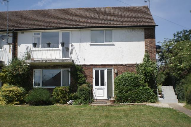 Thumbnail Maisonette to rent in Church Road, Woodley, Reading