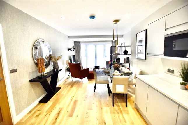 1 bed flat for sale in Smitham Bottom Lane, Purley CR8
