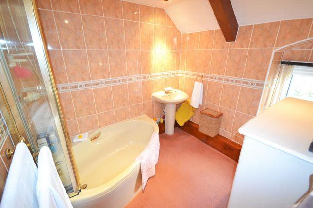 Bathroom of New Mill, St. Clears, Carmarthen SA33
