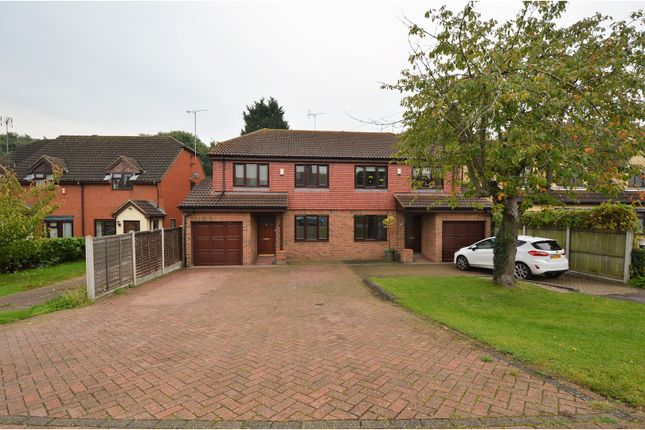 Thumbnail Semi-detached house for sale in Outwood Common Road, Billericay