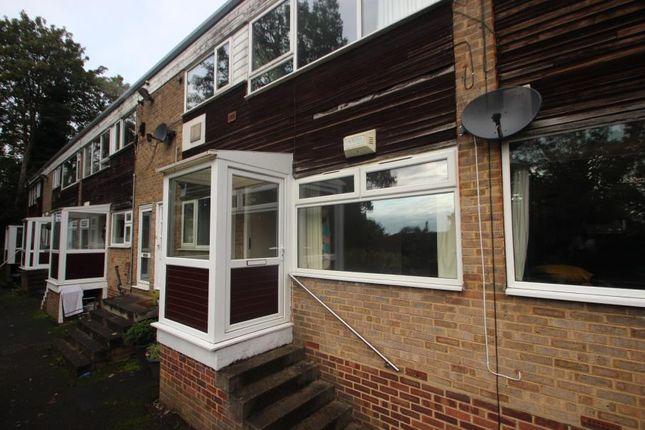 Flat to rent in King Edwins Court, Oakwood, Leeds