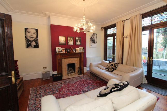 Thumbnail Semi-detached house to rent in Culverley Road, Catford
