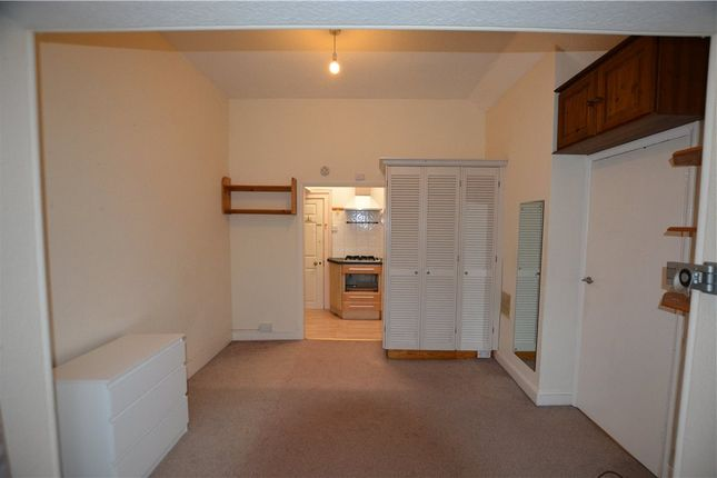 Recep To Kitchen of London Road, Guildford, Surrey GU1