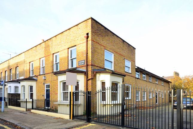 2 bed flat for sale in Freemantle Street, Elephant And Castle
