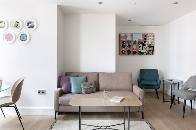 Thumbnail Flat to rent in Two Bed With Terrace The Chronicle Norwich St, London
