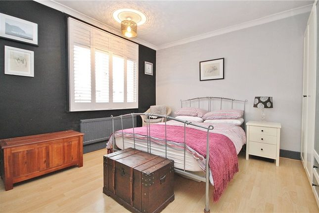 Bedroom of Buckingham Avenue, Feltham TW14