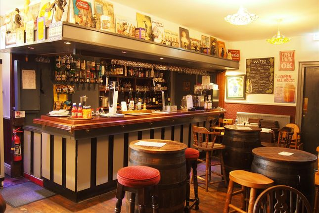 Thumbnail Restaurant/cafe for sale in Restaurants BD22, Haworth, West Yorkshire