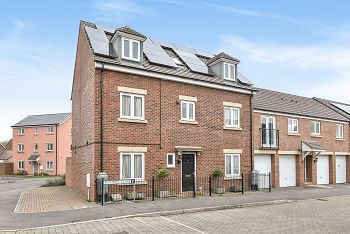 Thumbnail Town house for sale in Romney Close, Warminster
