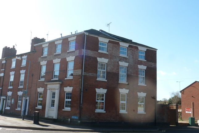 Thumbnail Flat to rent in West End Court, Crompton Street, Warwick