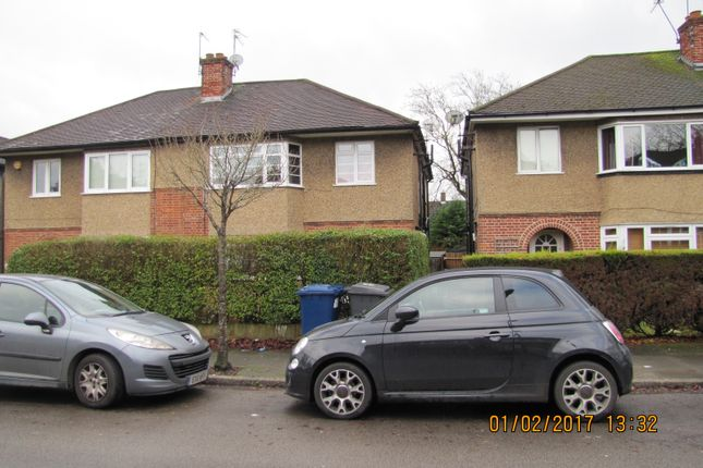 Thumbnail Maisonette for sale in Windsor Road, Barnet