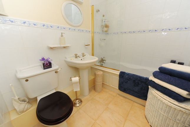 Bathroom of Woodmere Drive, Old Whittington, Chesterfield S41
