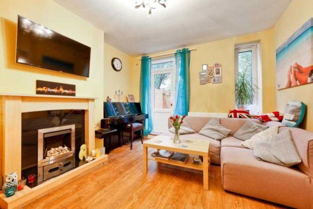 Flat to rent in West Lane, Bermondsey