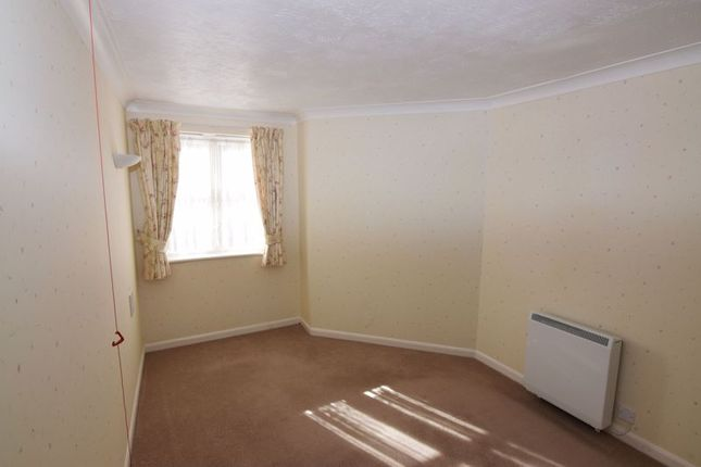 Bedroom of Connaught Avenue, Frinton-On-Sea CO13