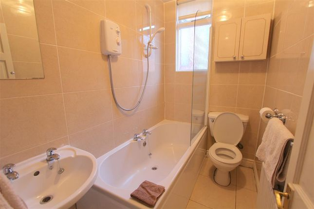 Bathroom of Derby Lane, Old Swan, Liverpool L13