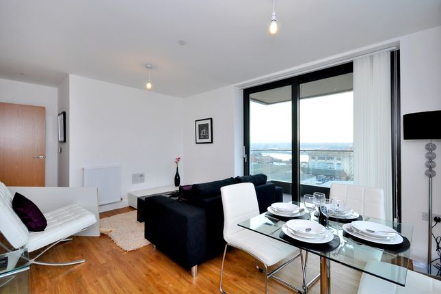 4_Recept 2 of Waterside Park, Connaught Heights, Royal Docks E16