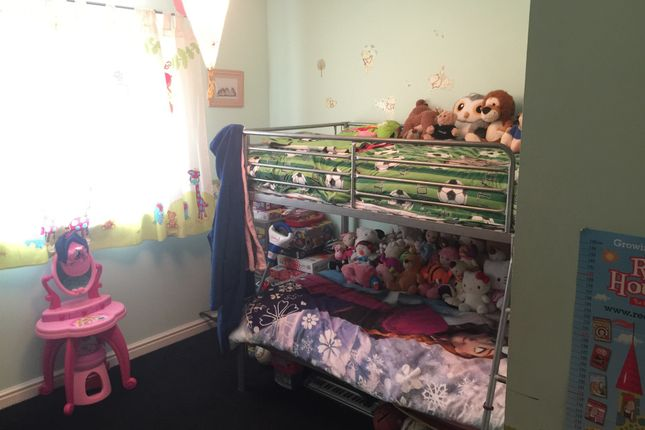 Bedroom Two of Watling Gardens, Dunstable LU6