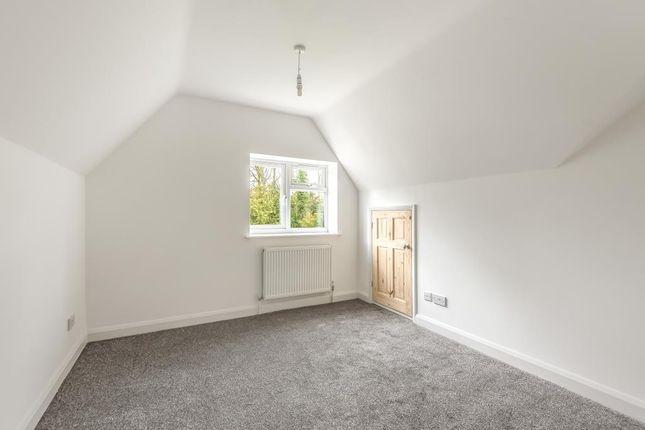 Bedroom of High Wycombe, Buckinghamshire HP14