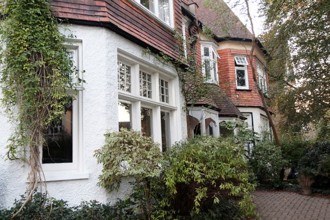 Thumbnail Flat for sale in Egmont Road, Sutton