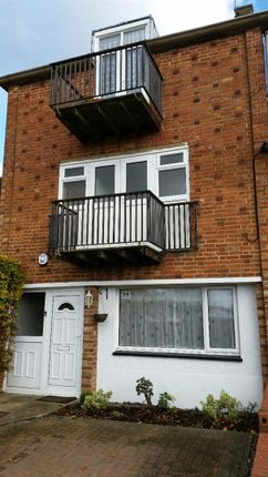 Thumbnail Property to rent in Long John, Hemel Hempstead